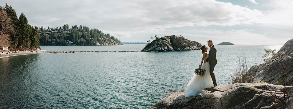 Kate-Paterson-Photography-West-Vancouver-Lighthouse-Park-Styled-Elopement