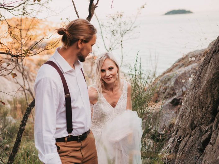 Kate-Paterson-Photography-Fraser-Valley-BC-West-Caost-Beach-Styled-Elopement