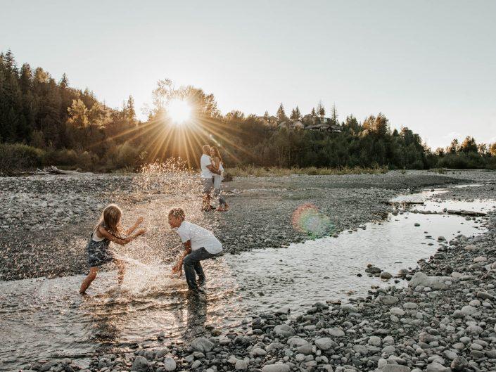 Sunset on the Fraser River | Family Photoshoot