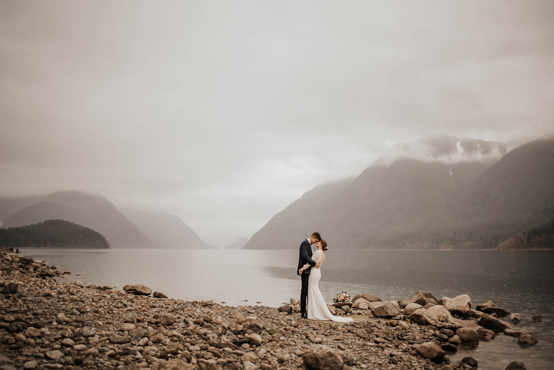 Kate Paterson Photography Golden Ears Elopement Alouette Lake